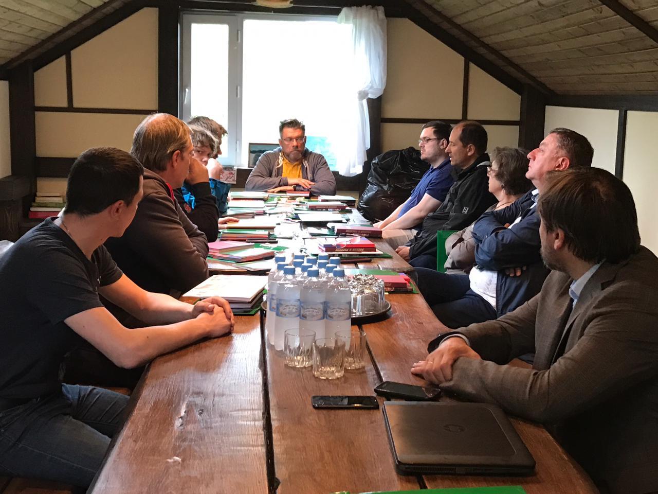 Заседание Зиновьевского клуба